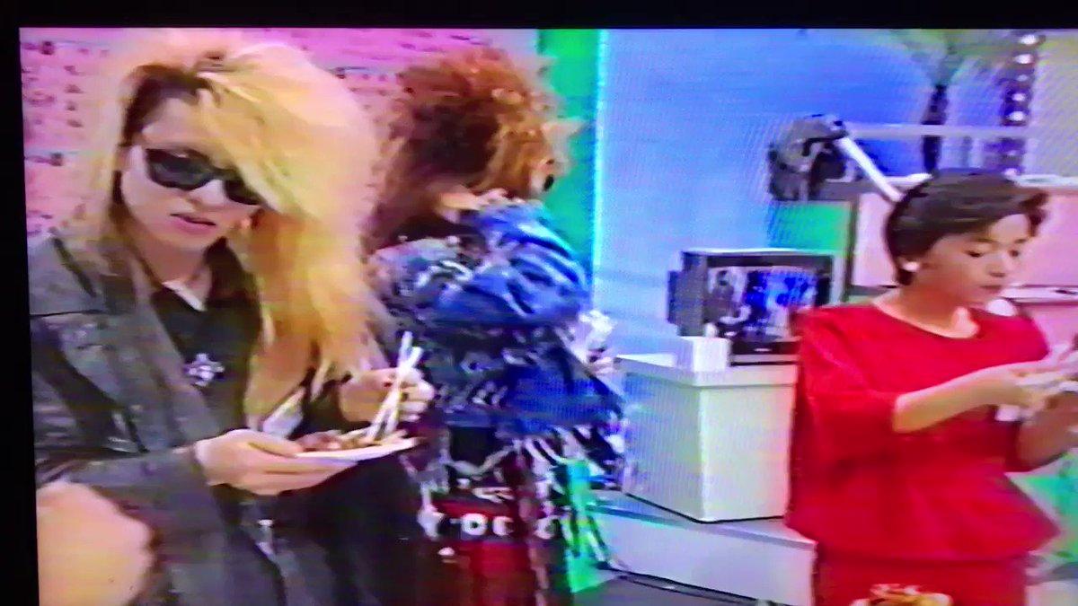 続き。 1989年4月1日 TKUの日。 YOSHIKI & TAIJI...