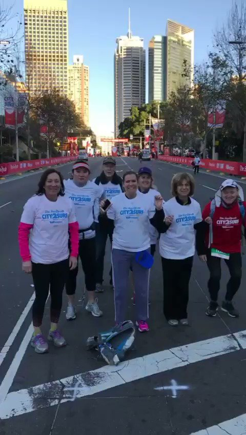 Thank you volunteers! #City2Surf https:/...