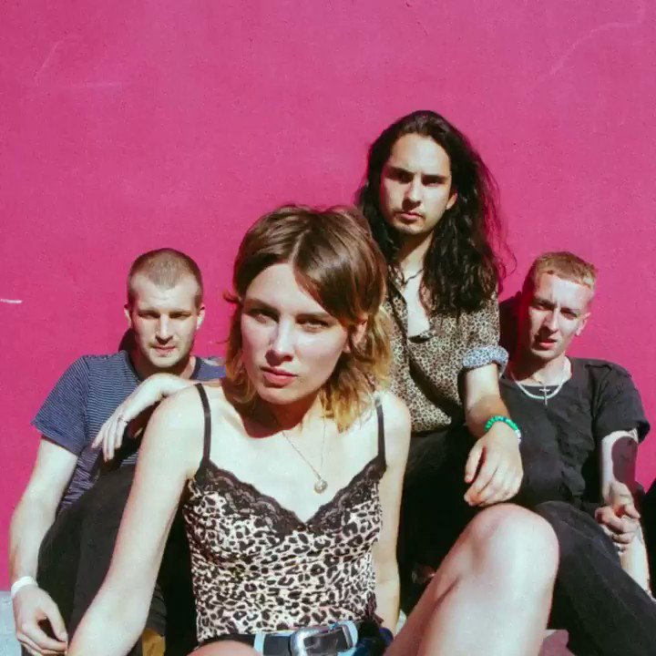 TONIGHT 📻👀 Hottest Record from @wolfalicemusic @BBCR1  https://t.co/oUMjLxghh5 https://t.co/b2VVubItfv