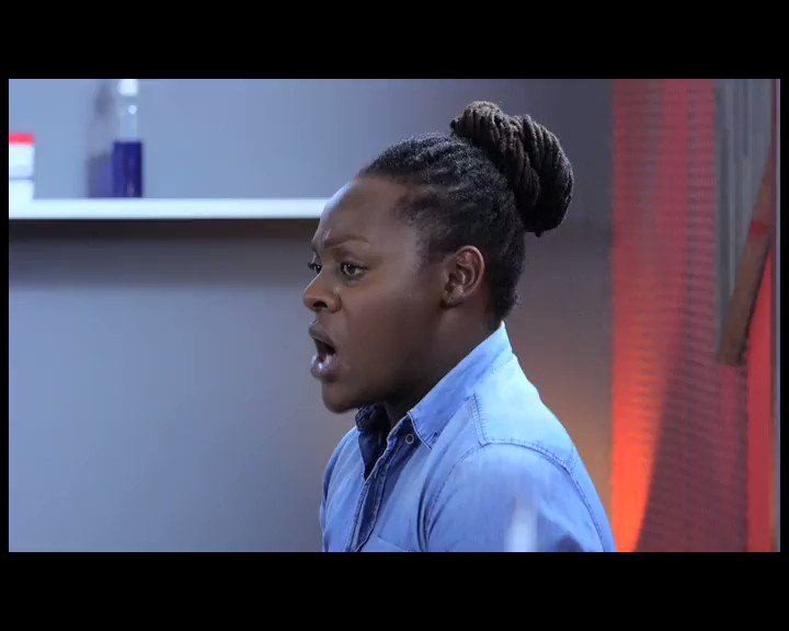When you patiently wait for 8:30pm to watch #UZALO. https://t.co/bAdLa...
