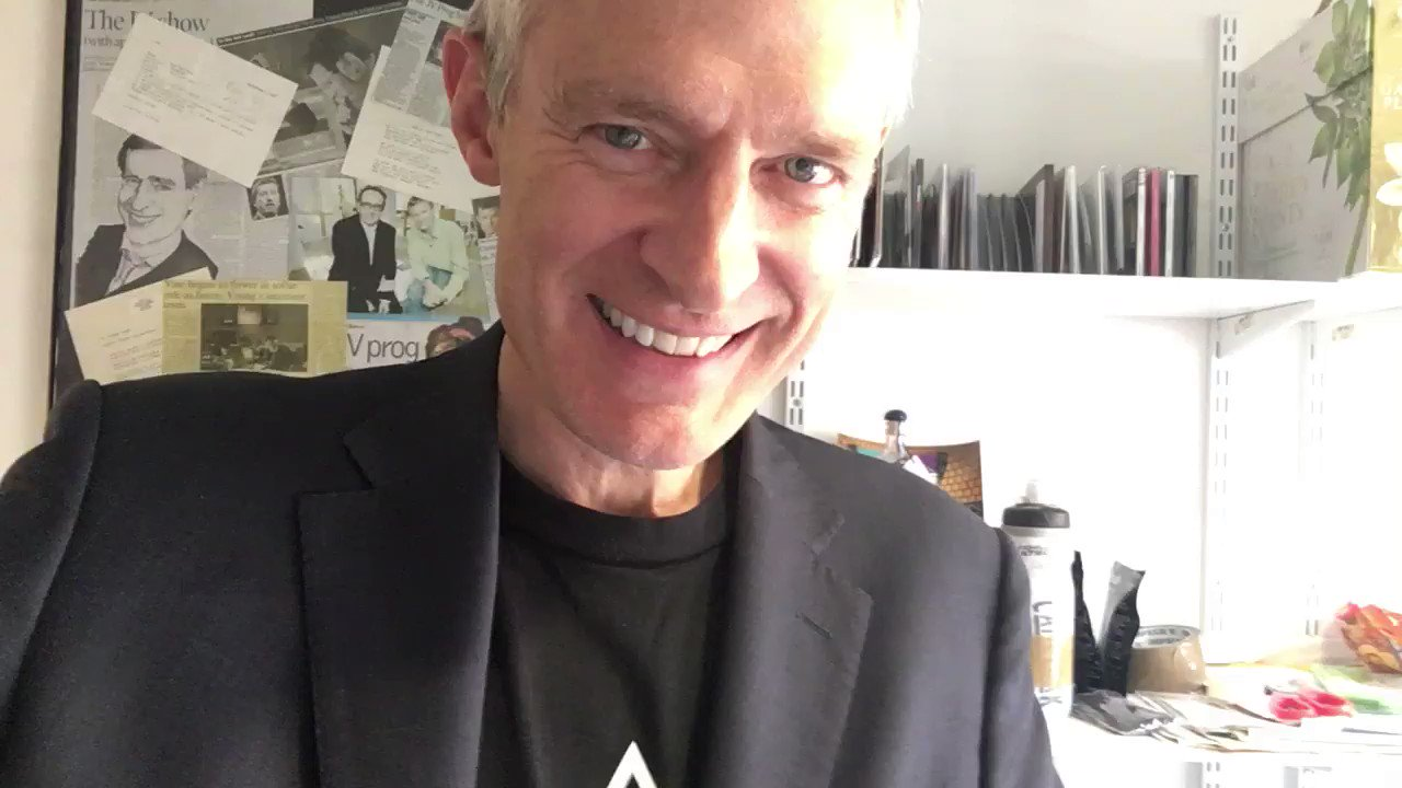 Rocking my new T-shirt  @idlesband @jowhiley @maryannehobbs https://t.co/2jpz0I1QAJ