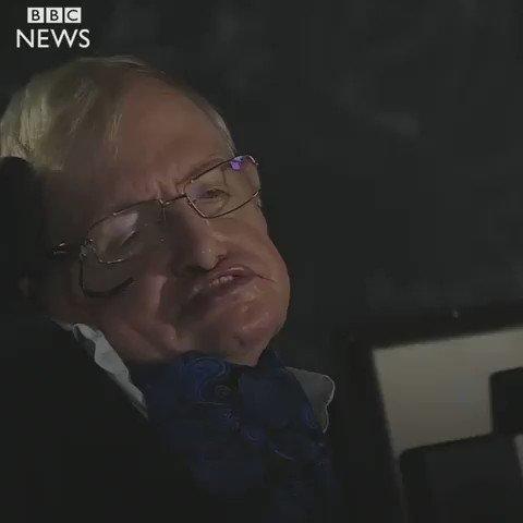 Stephen Hawking: «L'action de Trump pourrait être irréversible pour la...