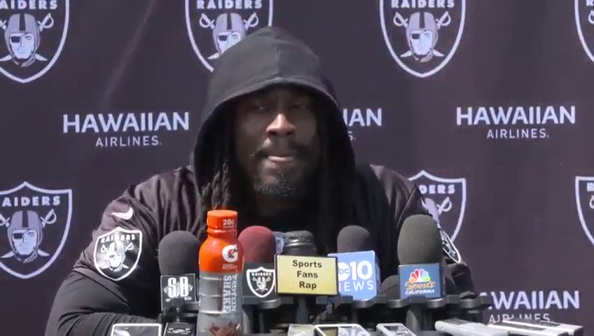Usually Marshawn likes to run into dudes' faces, but he juked around these questions like he was back at Cal. https://t.co/e011MgzpJW