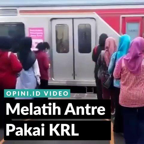 Semoga budaya antre bisa jadi budaya Indonesia yang bisa kita banggaka...