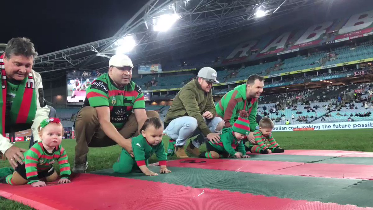 BABY RACE! 😱😍  #GoRabbitohs #NRLSouthsWarriors https://t.co/mJqcb9CniK