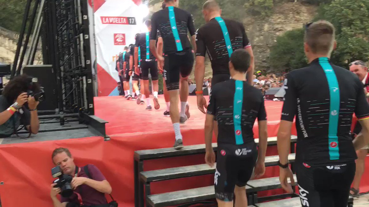 #LV2017 team presentation. Bring on the next three weeks! 🇪🇸 https://t...