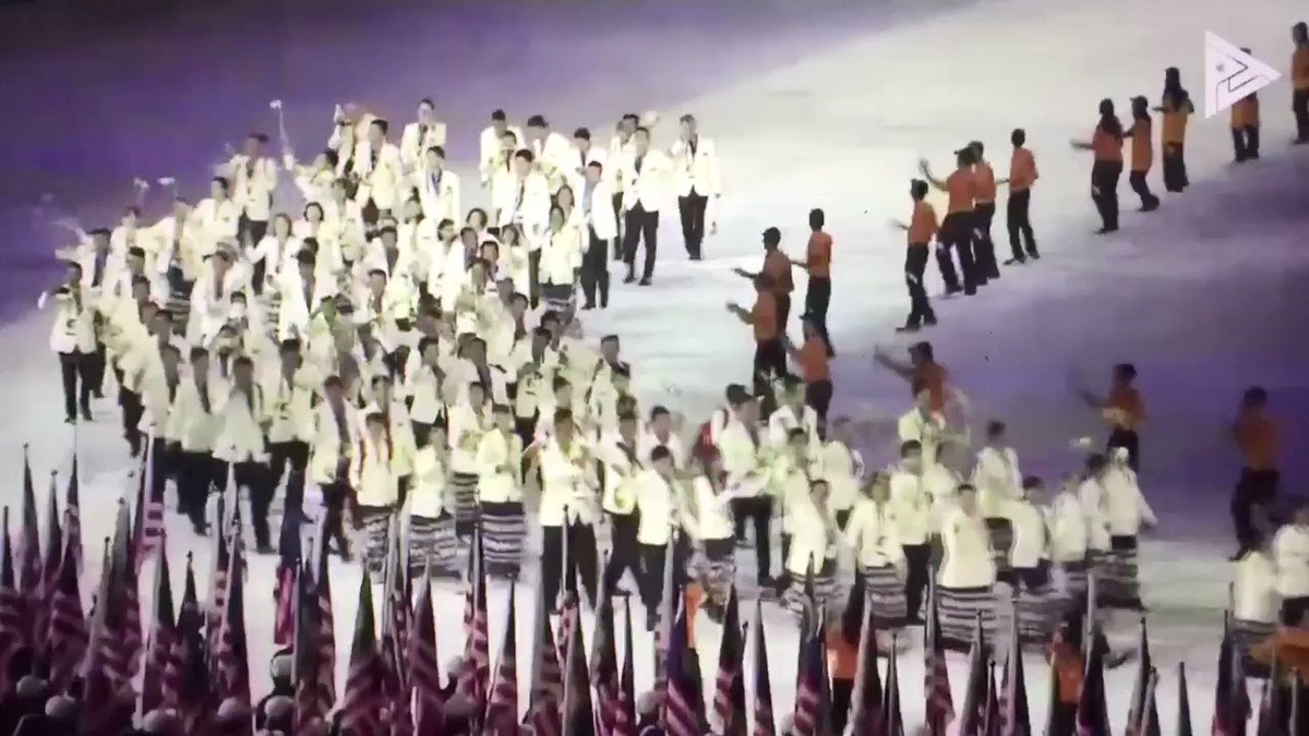 The Philippines' Parade of Athletes at the 2017 SEA Games https://t.co/wtj4VNhIWk