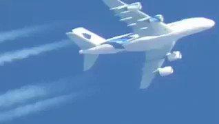 #تصويري المتواضع لطائرة تبعد 35 ألف 🙂 . .   #اليوم_العالمي_للتصوير htt...