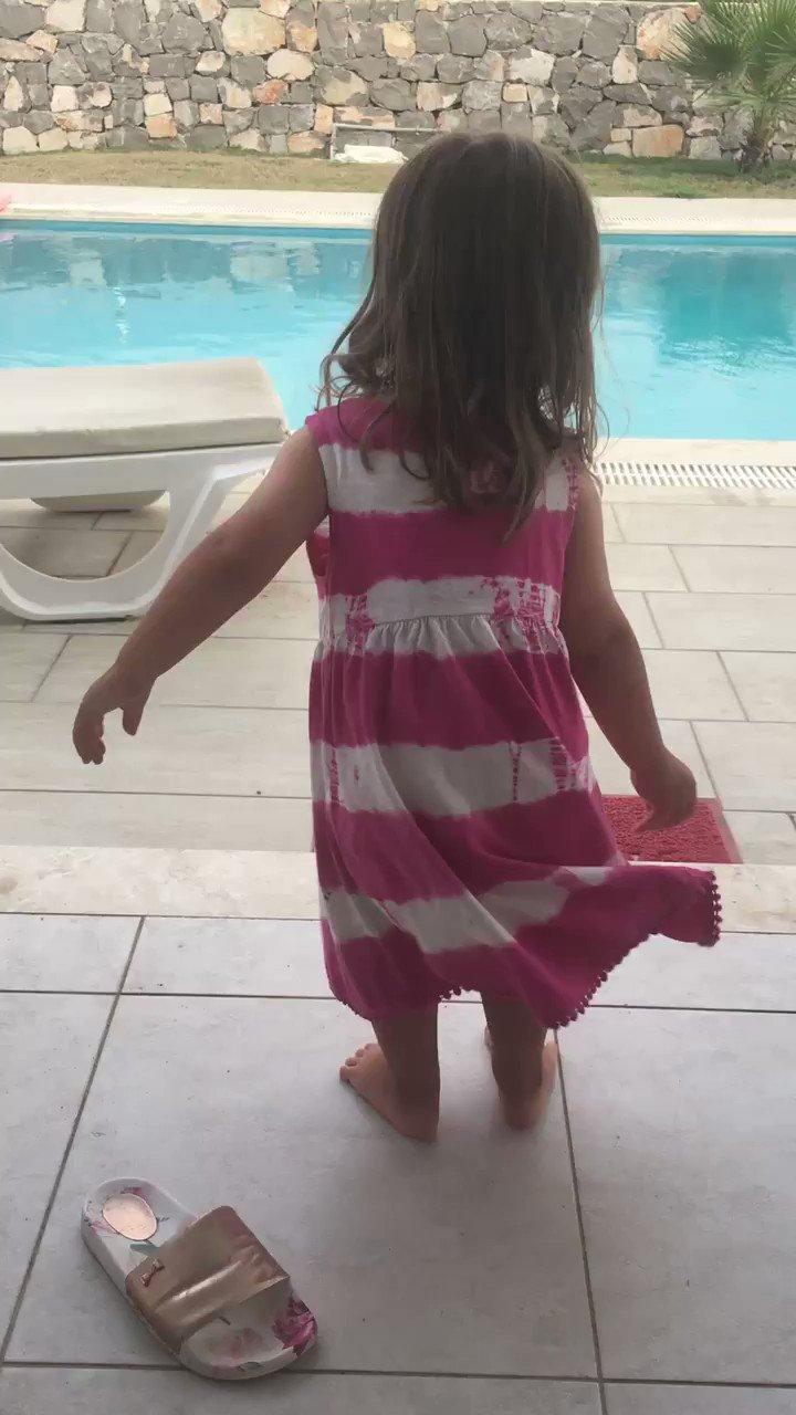 My little wiggle monster xx 😍 https://t.co/YcPxnhPWGR