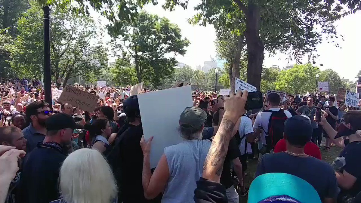 Watch these counterprotesters yell at dude leaving 'Free Speech' rally but letting him walk unharmed #Boston https://t.co/jpTtBaTBgk