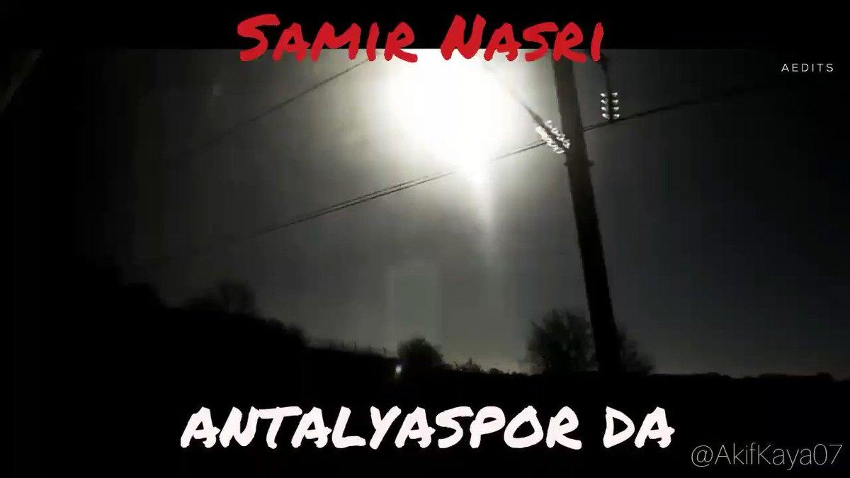 Samir Nasri gelmeden klibi geldi. (via @AkifKaya07) https://t.co/4fRLg...