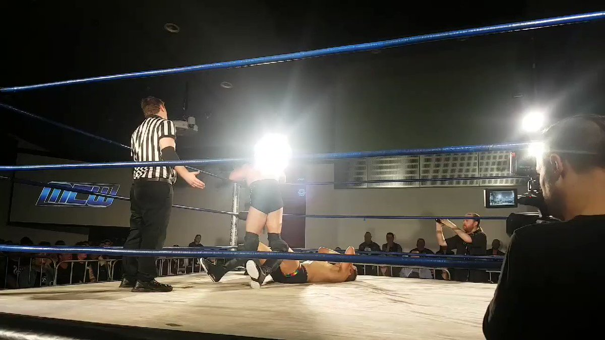 E Rekt Az [TeEm] - @davemeltzerWON @mcitywrestling @Jonah_Rock delivering a moonsault to @DowieJames then Dowie delivering a Canadian Destroyer on the MONSTER!