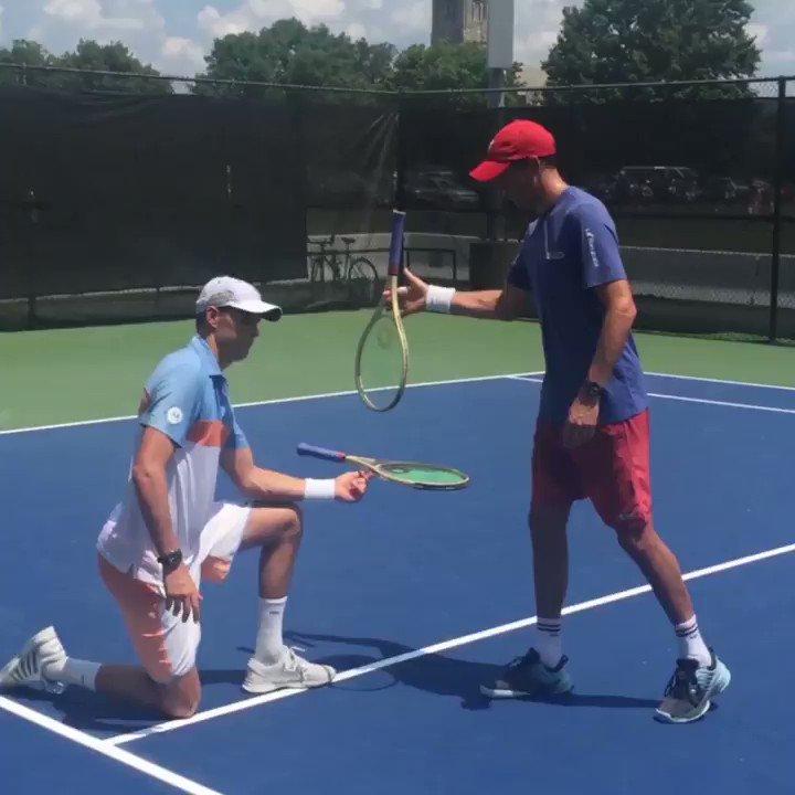 Kick off a week of tennis w/ me, Mike & stellar chefs at Citi @TasteofTennis New York: 8/24, 7 PM. #CitiSummer