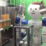 会社にあるなんて素敵ロボットが作ってくれるアイスクリームが可愛い