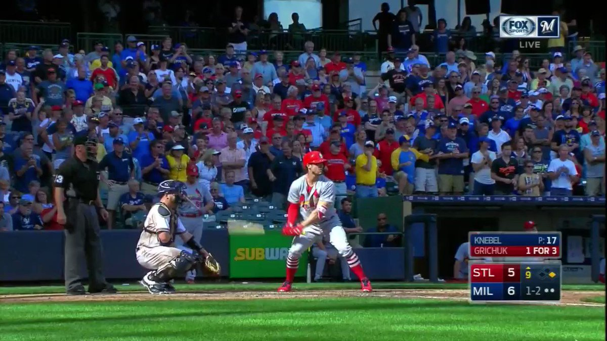 Game-ending play by @KeonDDBroxton. https://t.co/uOZgn2x0ms