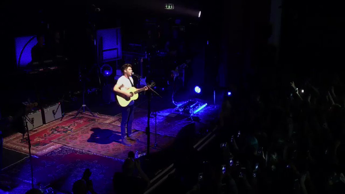 Wow, amazing show from @NiallOfficial tonight! Possible the loudest crowd we've ever had!