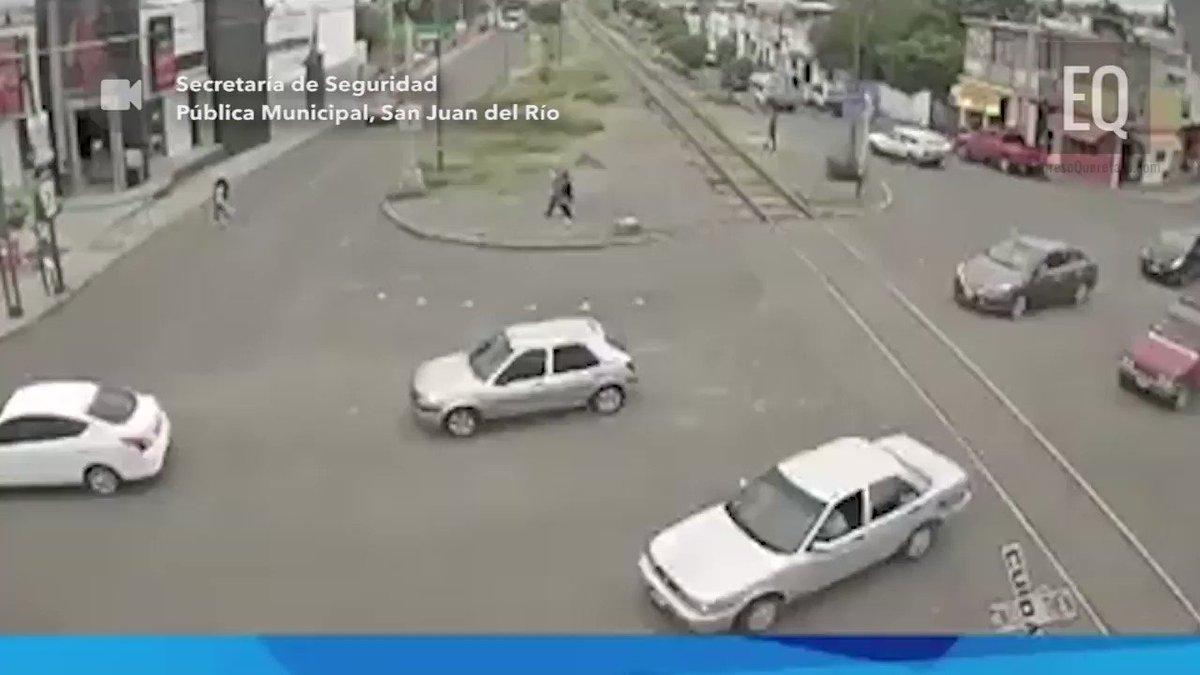 Así se presentó el incidente de San Juan del Río, donde 2 vagones del tren se desprendieron de la locomotora el saldo una persona fallecida.