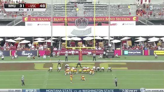 Blind USC longsnapper Jake Olson on the extra point. Been part of the program for a long time, special moment. https://t.co/wEQxeqc4Uk