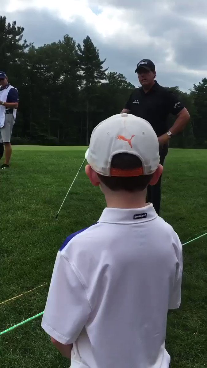 Phil Mickelson asks kid if he should lay up. Kid delivers Phil-esque response