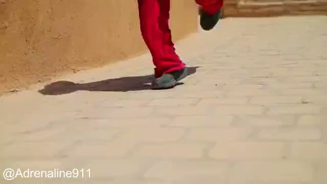 Watch this parkour filmed in Yazd , #Iran . A historical city https://t.co/O8l41SYpIk