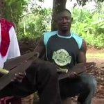 ナイジェリアのイボ族の楽器Ogene、ヤバみが強いので是非見てほしいです。鉄の鐘を2つ繋げただけなの…