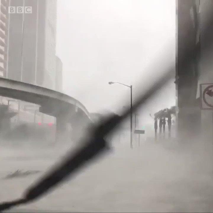 #Miami parecía sumergida por las aguas, luego del paso del huracán #Irma
