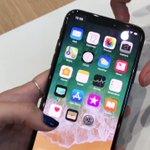 iPhone Xのスクリーンショットの撮り方ですが、電源ボタンとボリュームキーの上を同時押しするそう…