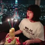 18歳になりました!ひらりー、りょーか、ひかり、亜衿がフライングで祝ってくれた動画、、幸せです☺️み…