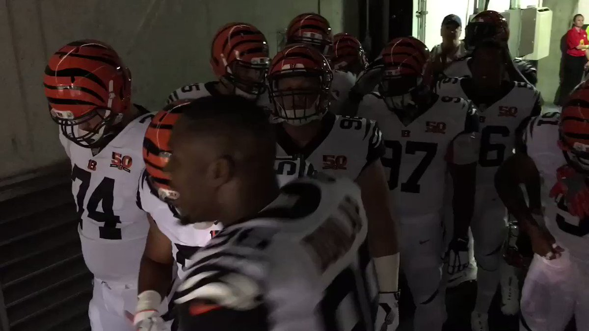 Set the tone early. #HOUvsCIN #Bengals50 https://t.co/lY35KAqEJ8