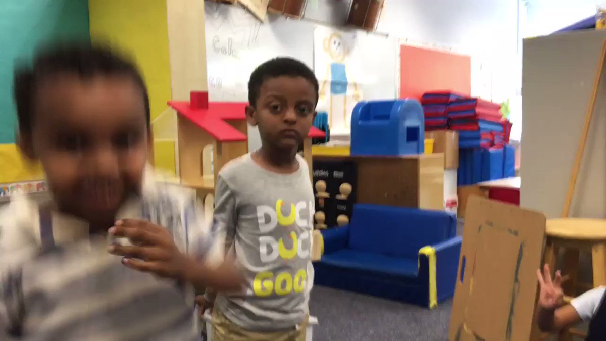 VPI kids develop fluency and voice acting out a Harlem Renaissance rope chant in an ELL language arts lesson. <a target='_blank' href='http://twitter.com/CampbellAPS'>@CampbellAPS</a> <a target='_blank' href='http://twitter.com/APS_EarlyChild'>@APS_EarlyChild</a> <a target='_blank' href='https://t.co/hQCrcXUHdo'>https://t.co/hQCrcXUHdo</a>