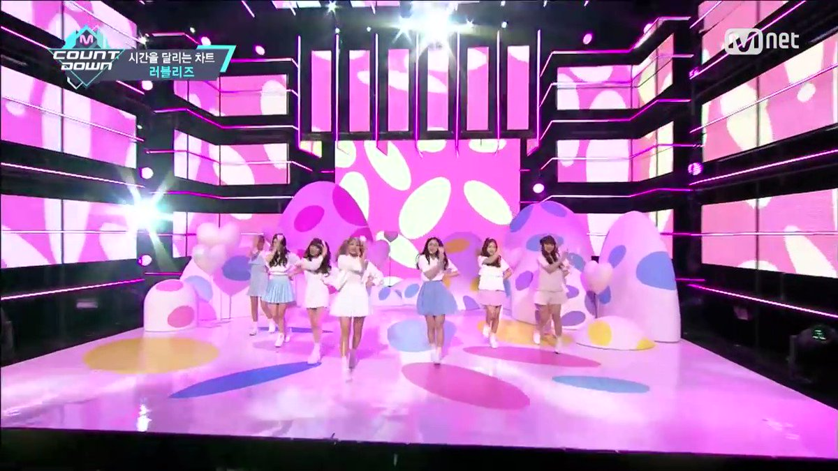 Lovelyz Kissing You was still the most powerful and iconic cover in the history. Everything was clean, the LIVE vocals, The distribution of lines, everything looked so perfect like it was their song. Stan the legends who can make every song their own