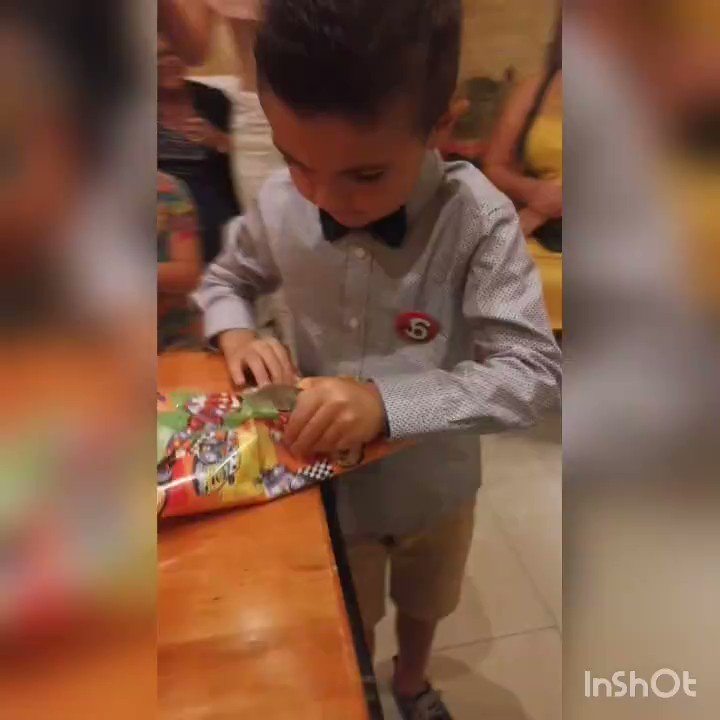 RT @IFTVofficial: A little Juventus fan gets an Inter jersey for his birthday...he was not happy 😂 https://t.co/pGcz31zhyp