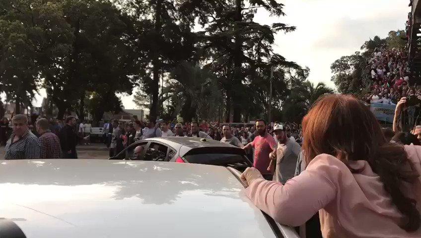 Buen día ciudadanos y ciudadanas 🇦🇷 #BuenJueves #FelizPrimavera https:...