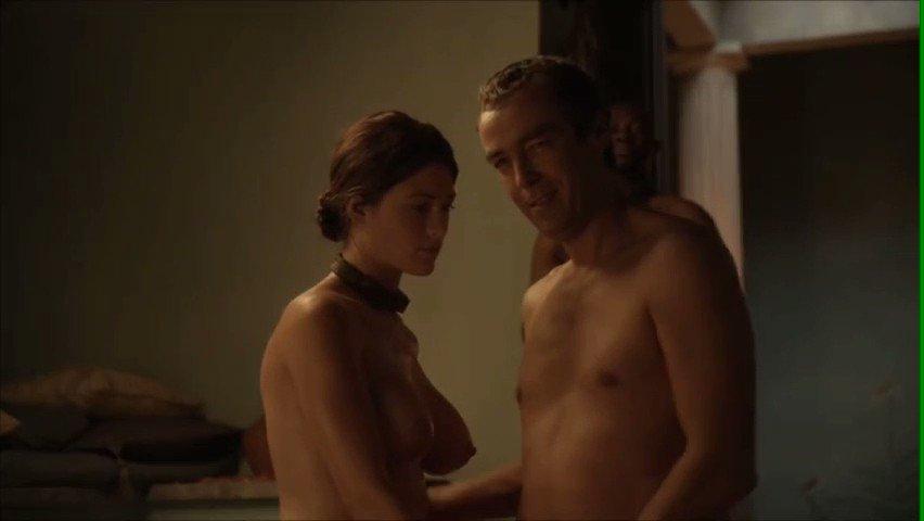 Spartacus gej scene seksa