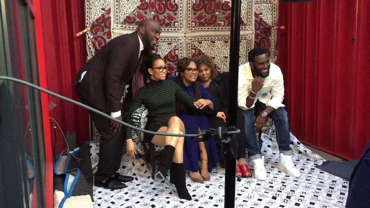 #queensugar family love - in everything they do . #urbanworld Gorgeous day! https://t.co/AzBvReUwZx