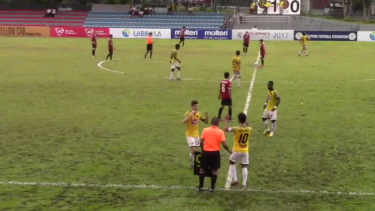 Miguel Tanton has always had a great first touch, but this is just OUTRAGEOUS! @WeArePFL #UnaKaya https://t.co/wVWoSG1gwv