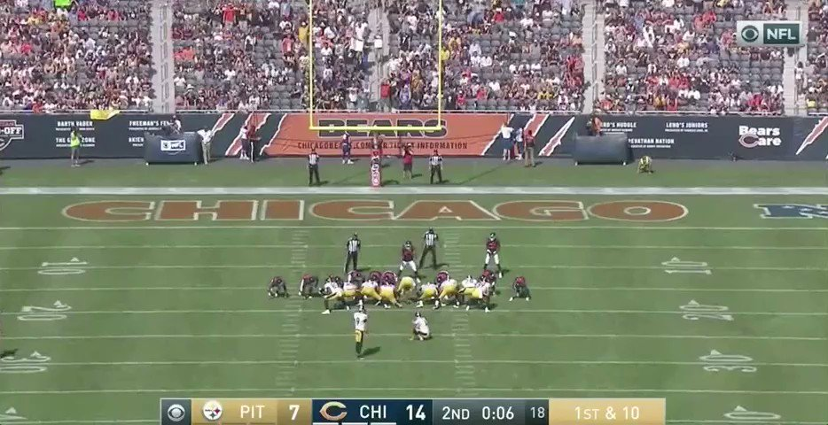 WHAT ARE YOU DOING MARCUS COOPER #Bears https://t.co/jmOMvdxcSt