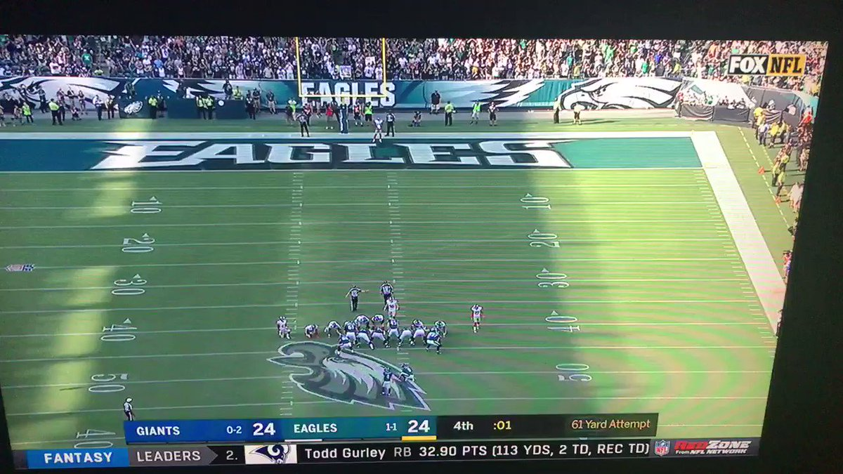 Memphis alum Jake Elliott, who was cut by Bengals earlier this month, beats Giants on 61-yard FG https://t.co/EVjgT16UIB