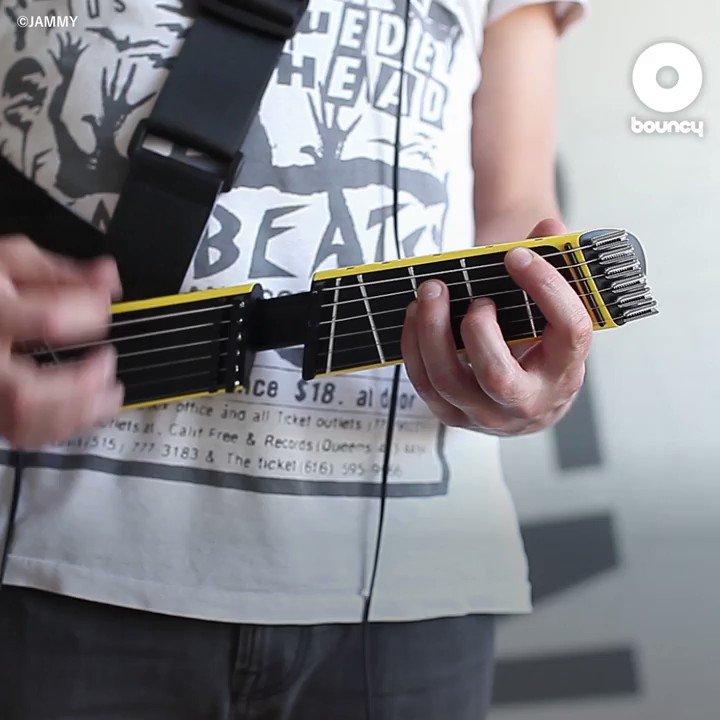 スライド式のポータブル電子ギター「Jammy」  Courtesy of @playjammy