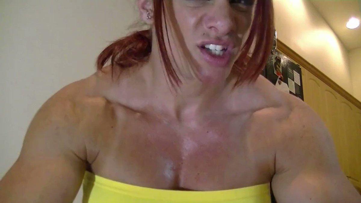 Angela Salvagno Twitter musclegirlflix : angela salvagno has a huge joggers bulge