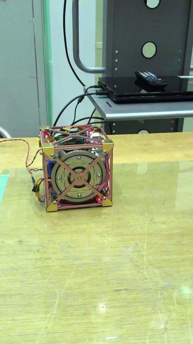 JAXAでとんでもないロボットに遭遇した pic.twitter.com/mFWQt8riNl