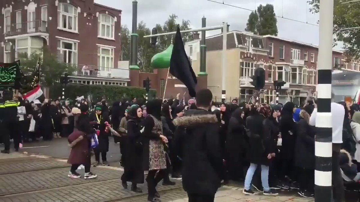 Protests and 'Allahu Akbar' on the stree...