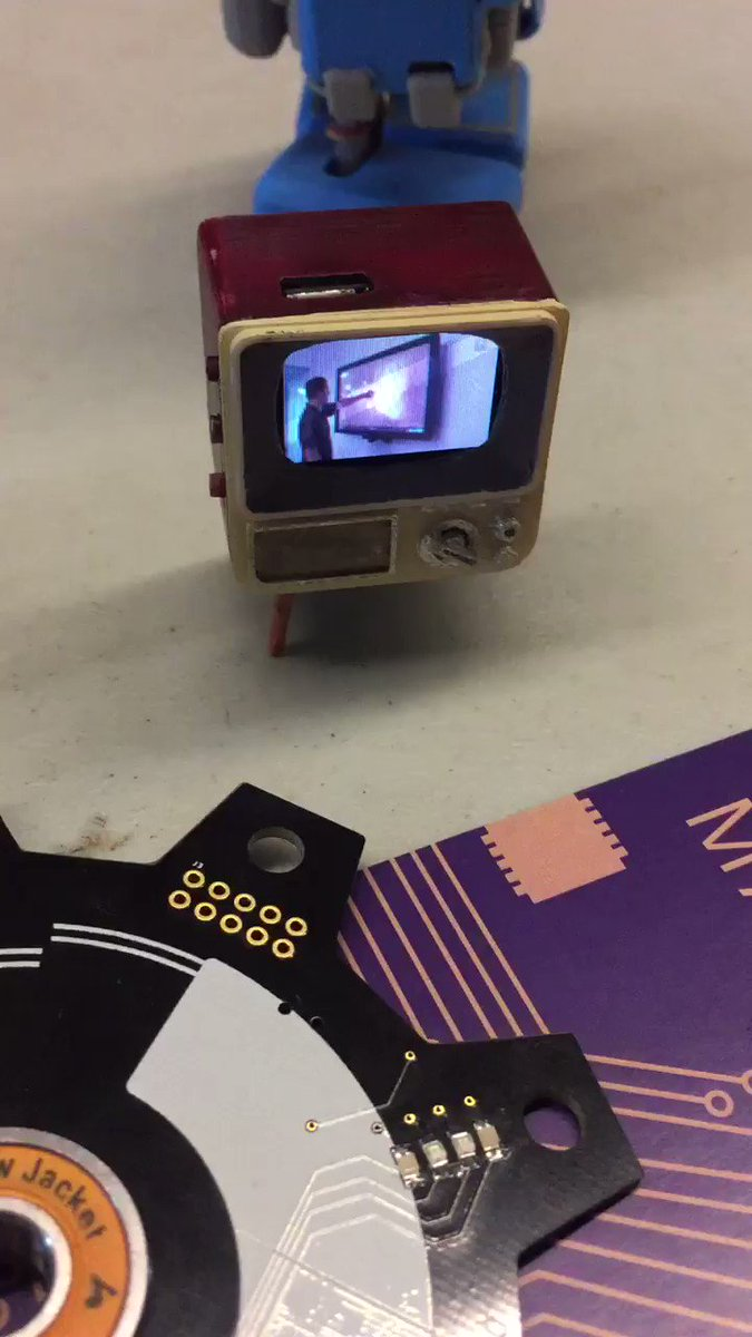The Tiny Arcade by @TinyCircuits - yes, that is a one inch TV! #OHSDenver https://t.co/nr1ebCWj4u