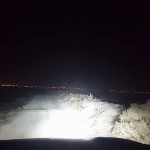Nights shooting from @theguynamedhaji(IG). Conquer the night!  #landcruiser200 #auxbeam http://bit.ly/2kpAYxRpic.twitter.com/NOoeDWAN5U