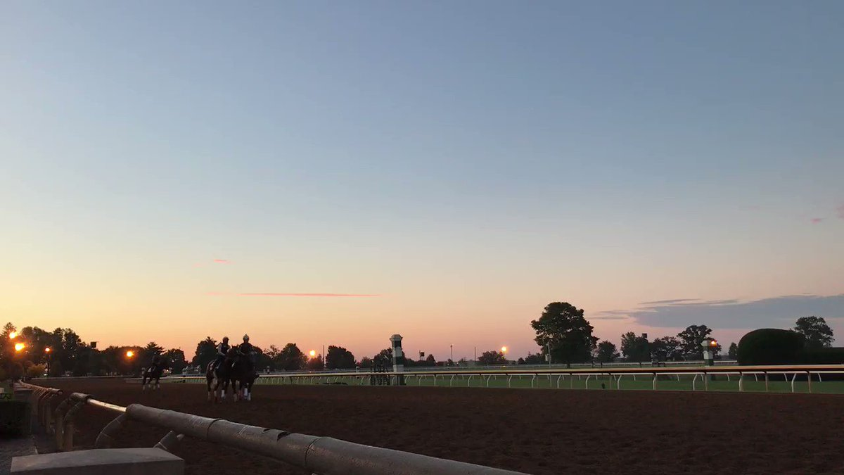 Rise and shine! It's the most wonderful time of the year. #OpeningDay #Keeneland