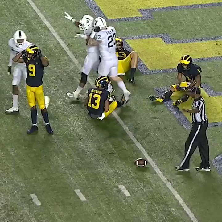 Another top team falls!  Underdog Michigan State takes down No. 7 Michigan 14-10 on a stormy night in Ann Arbor. https://t.co/5wNfDDX3nO