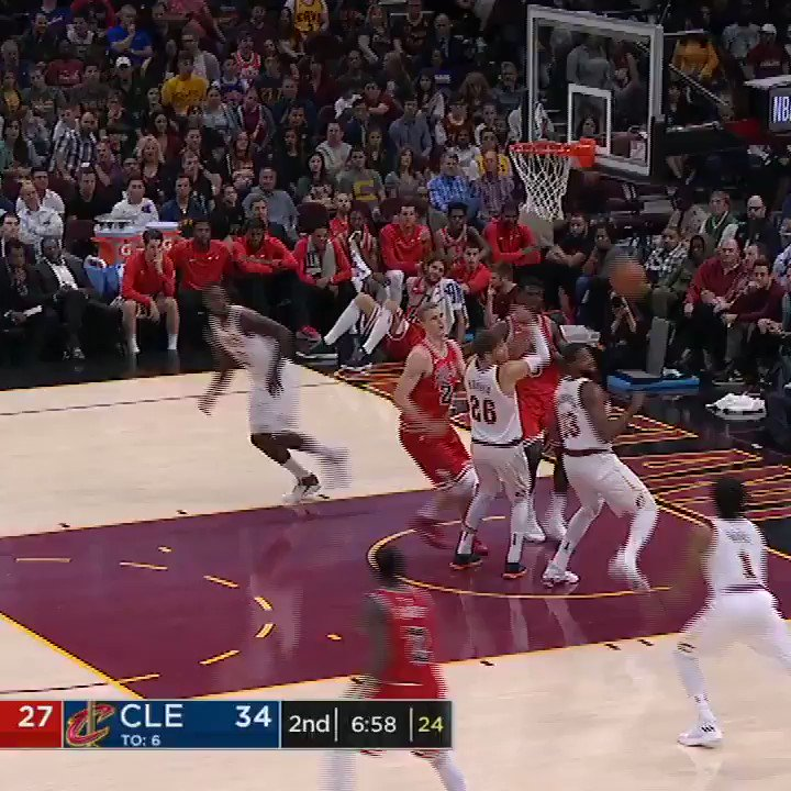 Jeff Green has some springs. #SCtop10 https://t.co/Bmb7ZZ39jZ