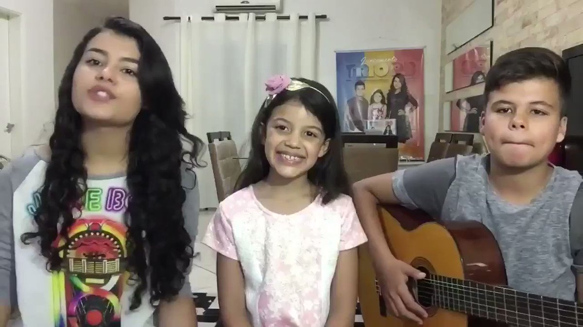 TrioR3: Três crianças criam música que d...