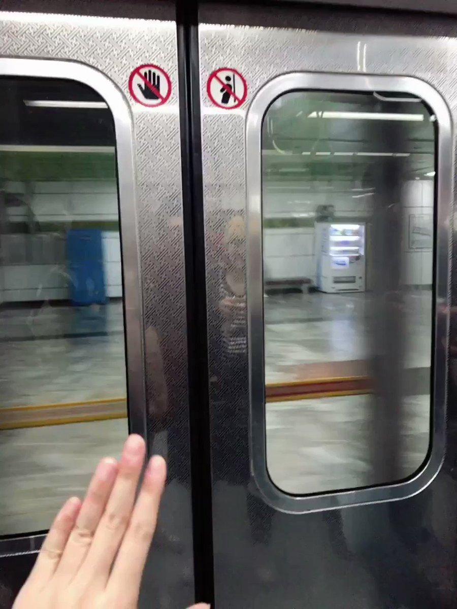 @byallmeans95 보일진 모르겠지만.. 지하철 타고 가면서 아쉬움...