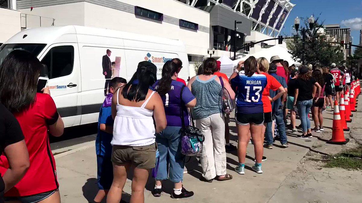 Big line for some big ⭐️'s   #NWSLChampi...